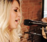 "Amelia Lily Brings Joy With Flaw Free Acoustic Version Of ""You Bring Me Joy""!"